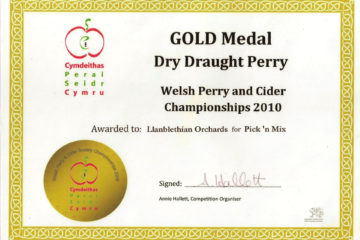 The first award we ever won. The blend was a mixture of Potato Pear and Hendre Huffcap chosen by Arfur Daley who used to make cider with me. Thanks Arfur!