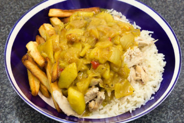 Chicken curry off the bone half and half